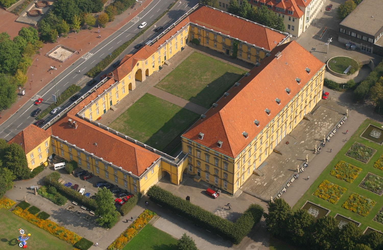 Schloss Osnabrück, Gesamtansicht Gebäude 11, 12, 13, 14. Luftbild